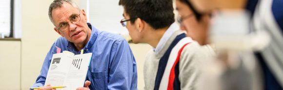 Mark Ediger, professor of chemistry at the University of Wisconsin-Madison, talks with students during his Chem 664: Physical Chemistry of Macromolecules course in the Chemistry Building on March 1, 2019. Ediger is the recipient of a 2019 Distinguished Teaching Award.